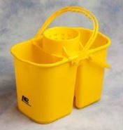 Double bucket with cone wringer